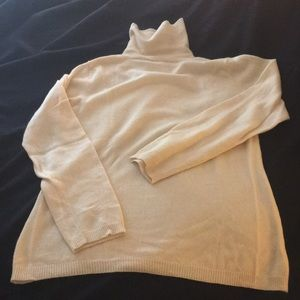 Cashmere ANN TAYLOR turtleneck sweater